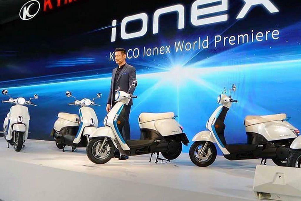 今年光陽機車將焦點放在「ionex車能網」,自日本開始一路到台灣、德國、法國以及...