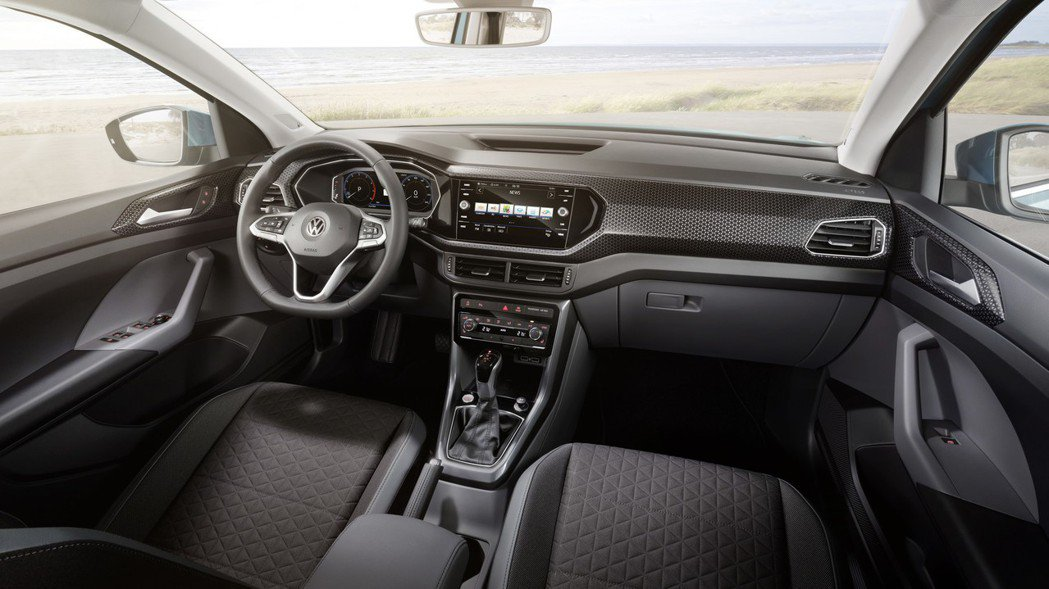 全新Volkswagen T-Cross內裝。 摘自Volkswagen