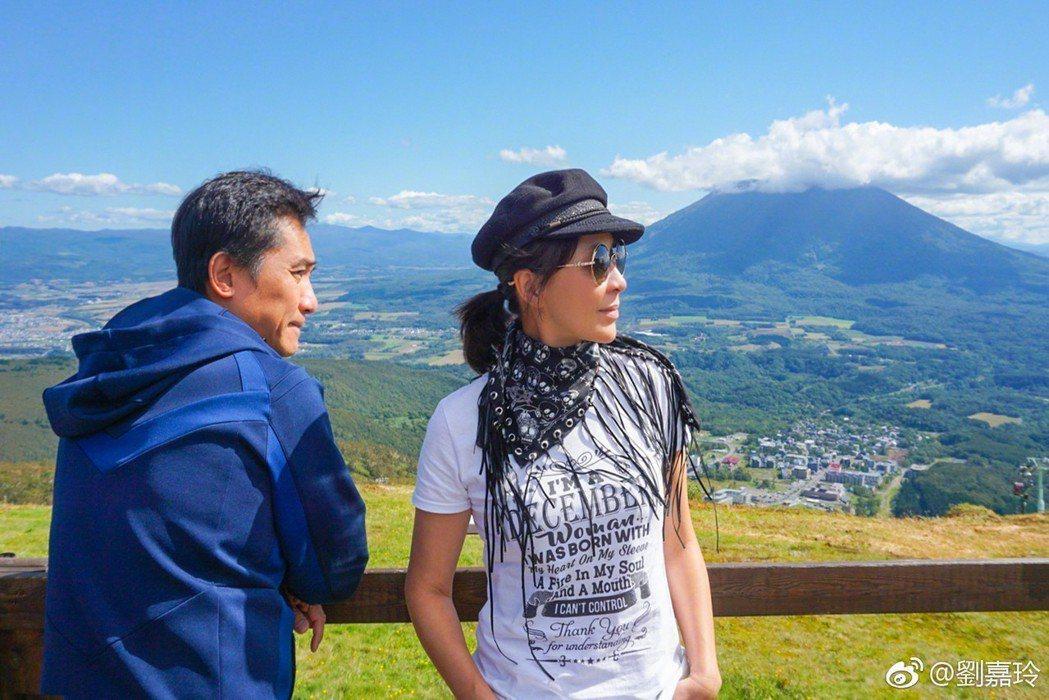 梁朝偉與劉嘉玲目前在生活與事業上都密不可分。圖/摘自微博