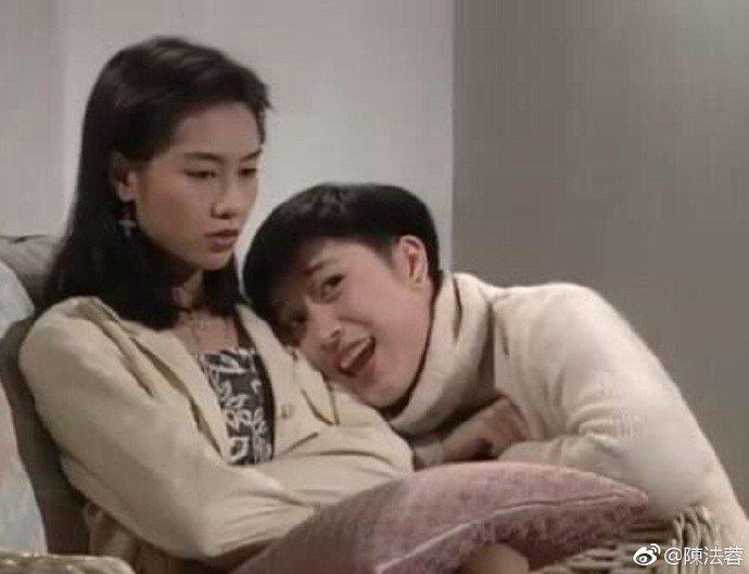 陳法蓉(右)、朱茵(左)。圖/摘自微博