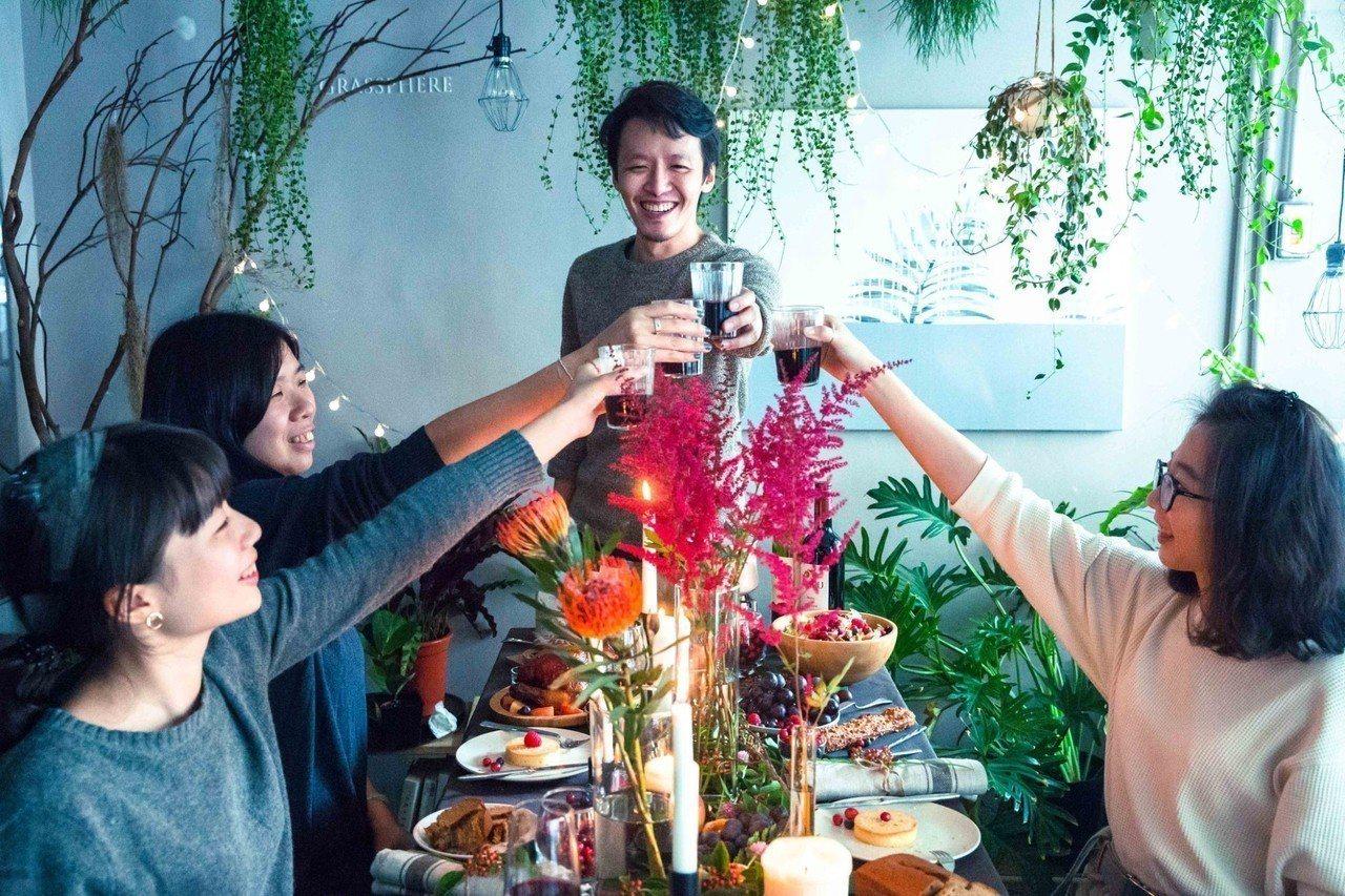 2018年「TLC餐桌生活節」取代已有 5年歷史的「城市綠地野餐活動」,這回收起...