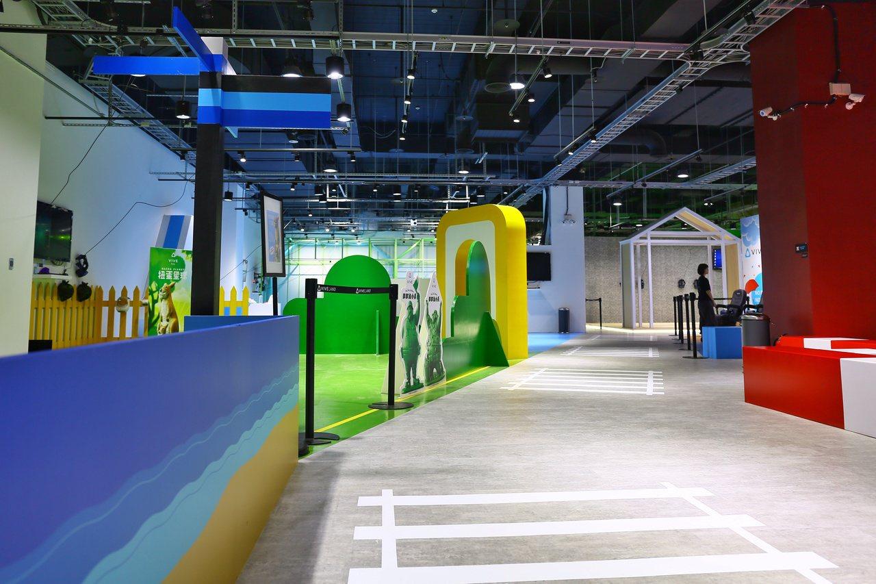 KosmoSpot × VIVELAND佔地約250坪,空間寬敞,規劃多種型態遊...