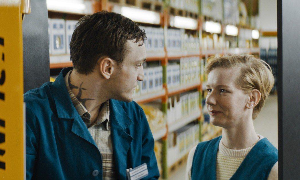 「賣場華爾滋」劇情浪漫。圖/前景提供