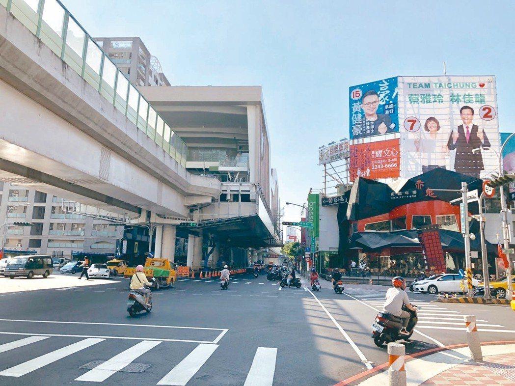 有捷運綠線G6站進駐的崇德商圈,已成為台中北屯房市的新亮點。 記者宋健生/攝影