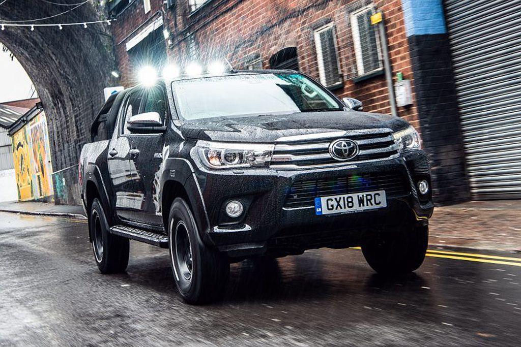 Toyota Hilux Invincible 50 Limited Edition相同搭載2.4L渦輪柴油引擎,具備148hp最大馬力及搭配六速自排變速系統。 圖/Toyota提供