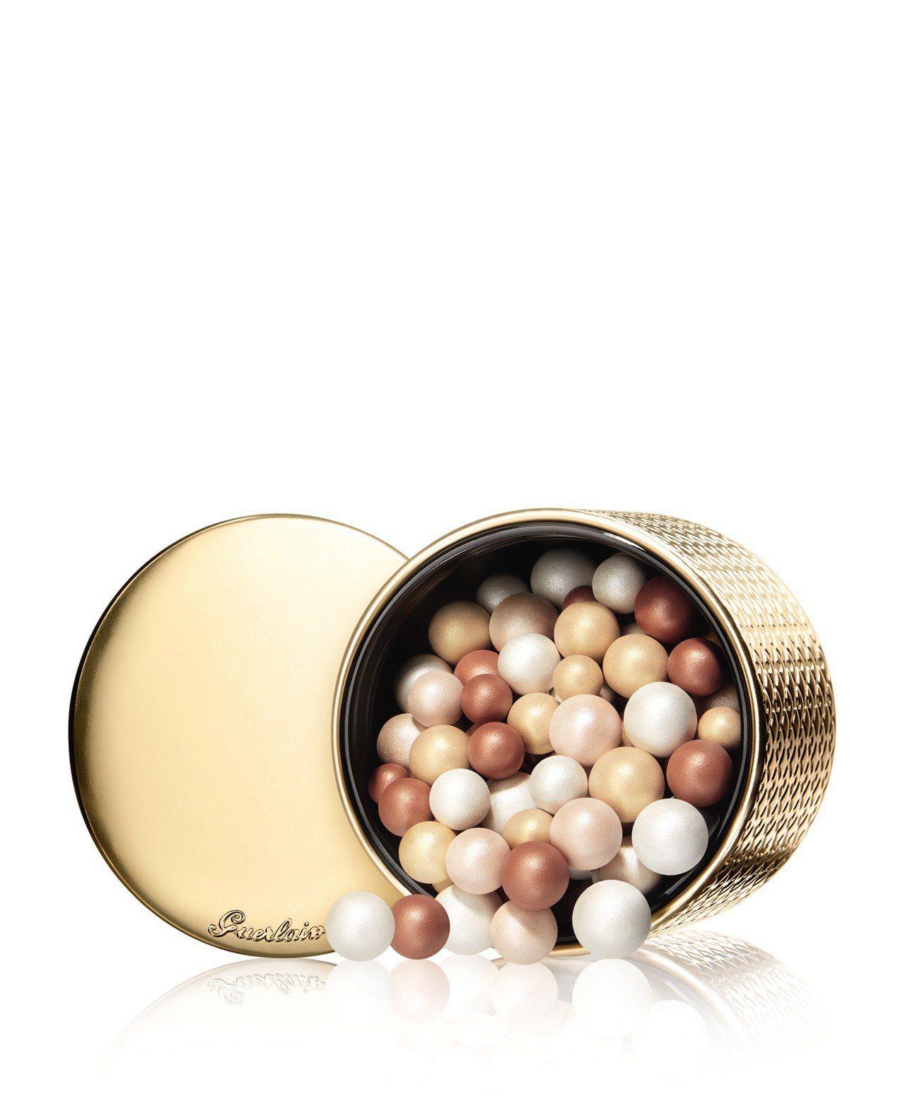 嬌蘭幻彩流星蜜粉球金燦復古限量版,售價2,520元。圖/嬌蘭提供