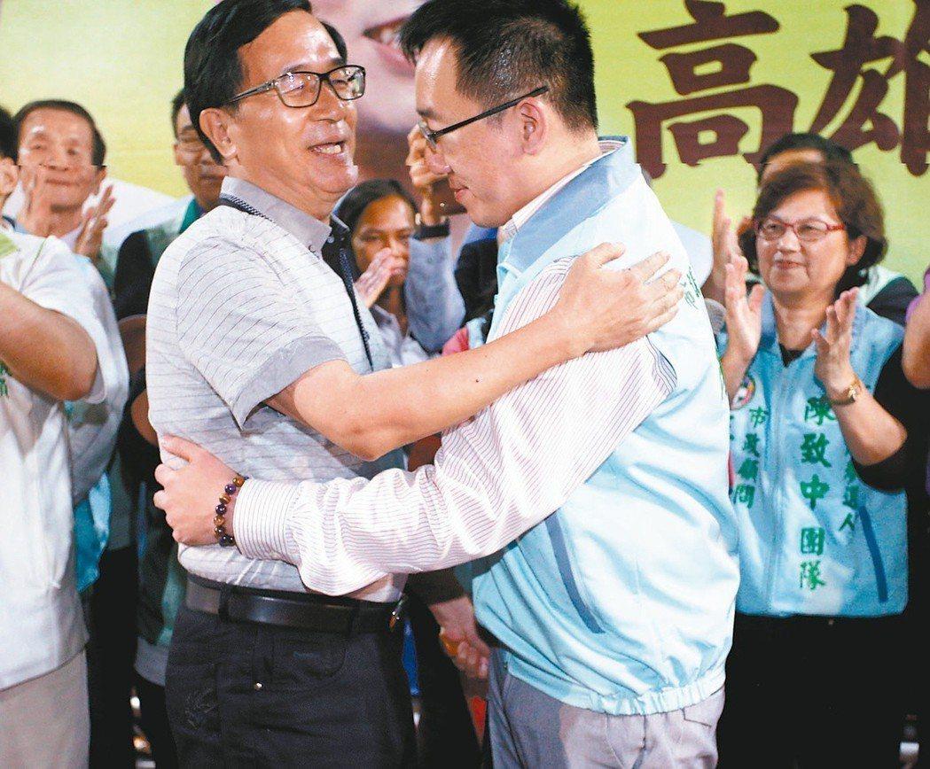 前總統陳水扁(左)挑戰中監底線,日前放話為陳致中站台造勢。 圖/聯合報系資料照片