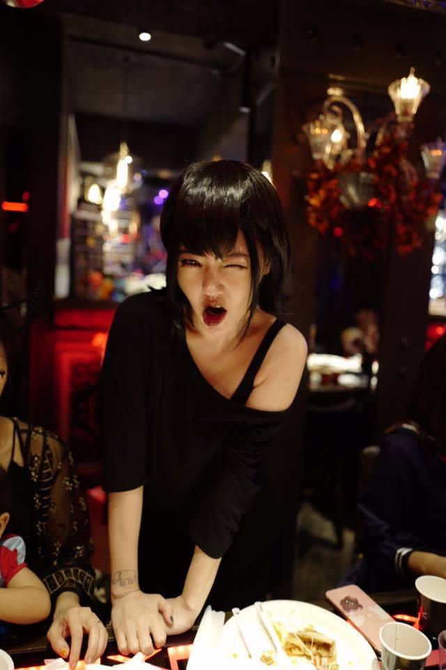 小S裝扮成「尖叫旅社」的梅菲絲。 圖/擷自小S臉書