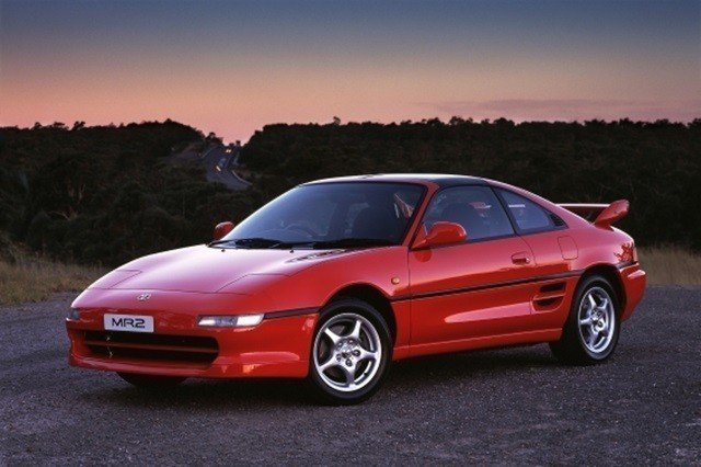 二代Toyota MR2。 摘自Toyota