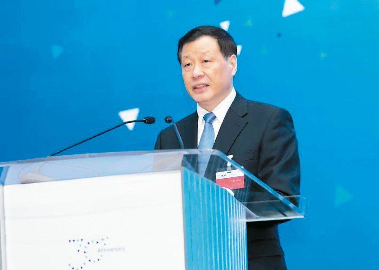 第30次上海市長國際企業家諮詢會議28日在上海世博中心舉行,上海市長應勇在會中強...
