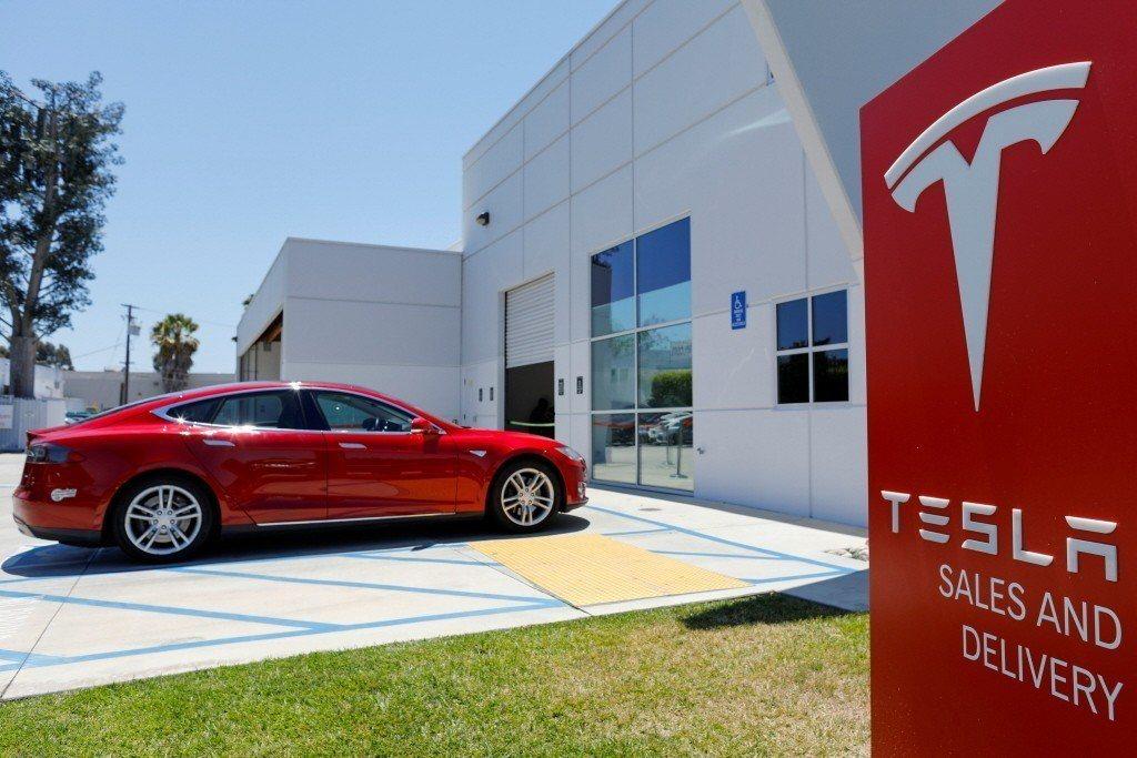 廠Tesla公布的第3季財報創新高,淨利達3.155億美元,受惠於特斯拉繳出比市...