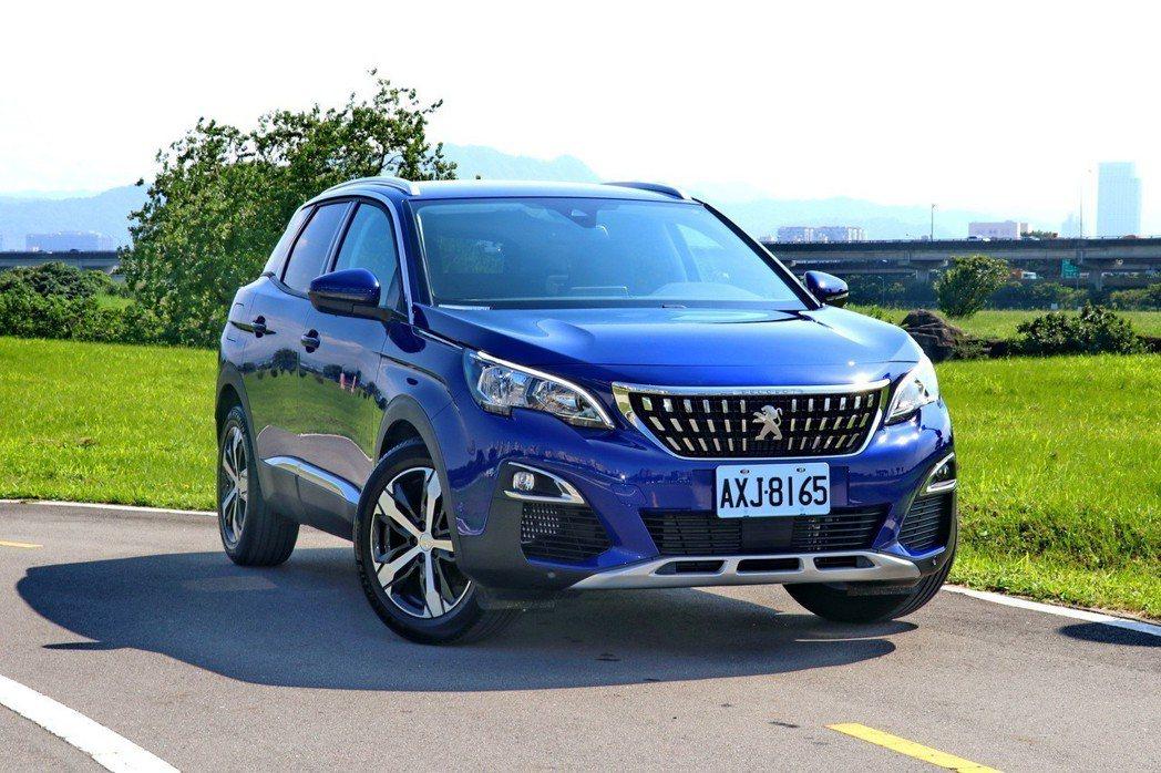 Peugeot 3008的外型設計給人動感兼具優雅的感受。 記者陳威任/攝影