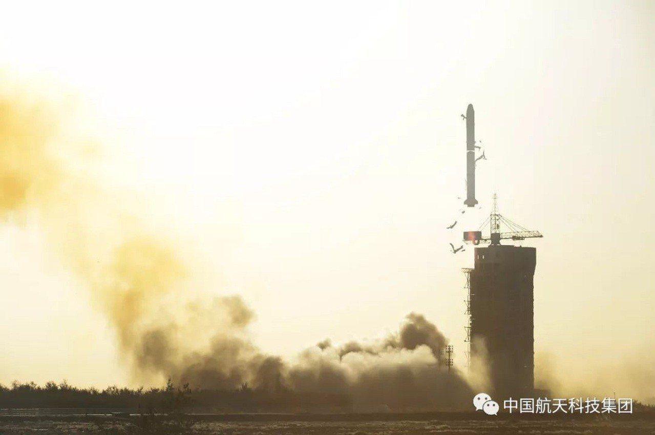 長征二號丙運載火箭成功發射中法海洋衛星。中國航天科技集團微信公眾號