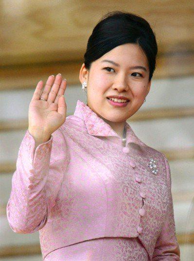 日本皇室高圓宮三女絢子今天出嫁,日本皇室成員將減為18人。圖/路透