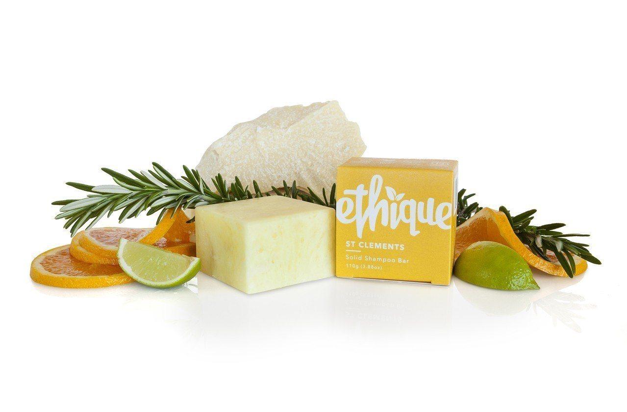 好剪才-Superbcut破天荒選擇在髮廊內使用類似肥皂的「洗髮皂餅」為客人洗髮...
