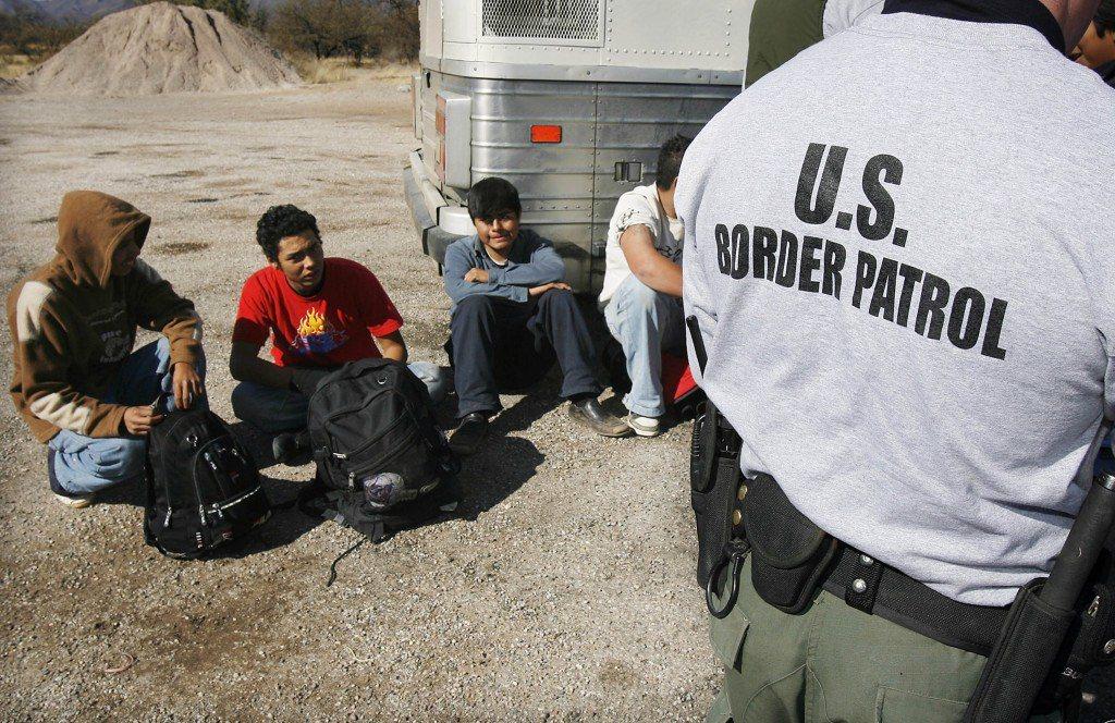 邊境巡防隊可在發現非法移民時逕行逮捕。 (美聯社)