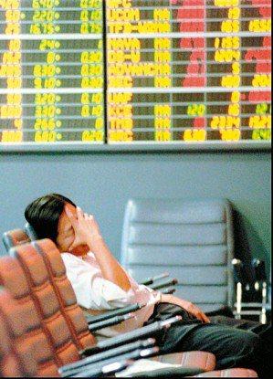 外資賣超新興亞洲股票NONSTOP,上周以南韓、台灣賣超金額最高,各近14.8億...