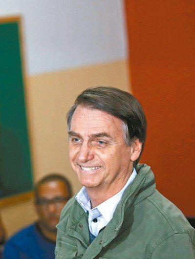 德國總理梅克爾的時代即將告終,英國衛報指出,美國總統川普與巴西總統當選人波索納洛...