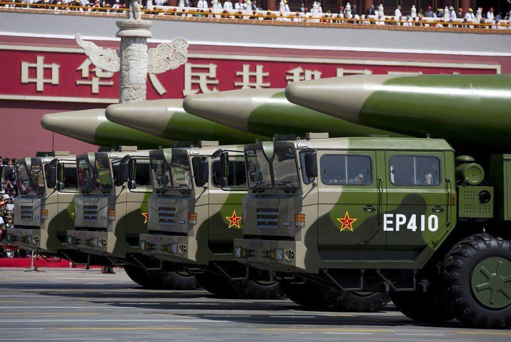 波頓等鷹派認為,美國正面臨與其他國家競爭——特別是中國、伊朗、朝鮮等——但這些國...
