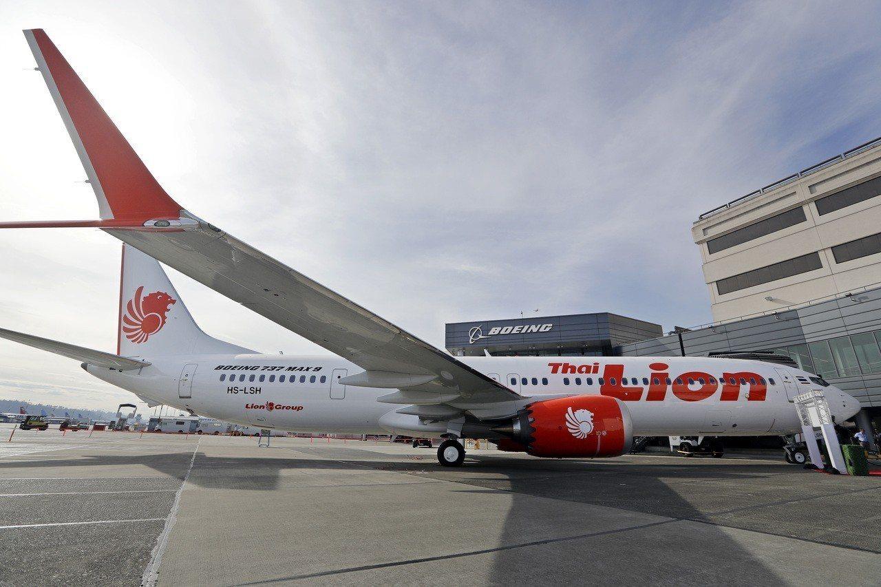 此次墜機航班機型為波音737 MAX 8,去年才出廠屬於全新飛機,獅航目前擁有1...