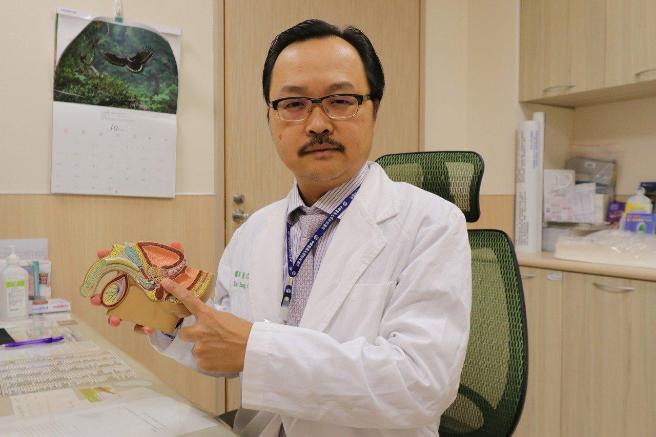 亞洲大學附屬醫院泌尿科主任黃志平說,攝護腺癌好發年齡為60至80歲,但50歲以上...