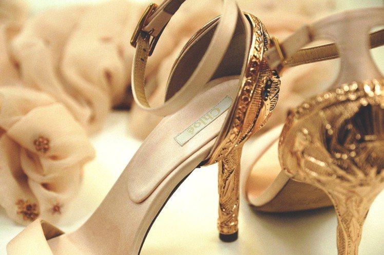 唐嫣訂製款Tracy鞋履細節。圖/Chloé提供