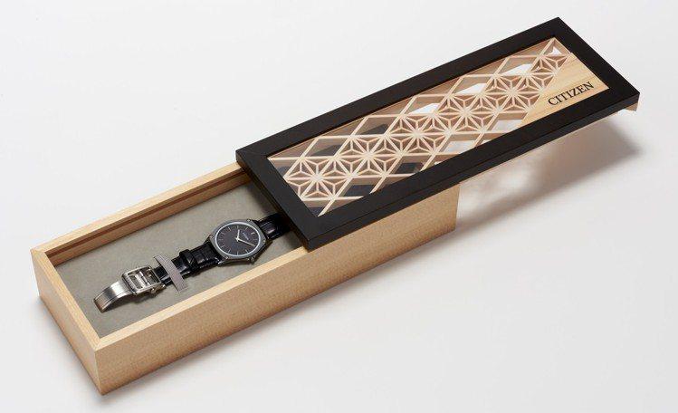 Citizen Eco-Drive One頂級腕表,搭配了獨家的特製表盒,沒有使...