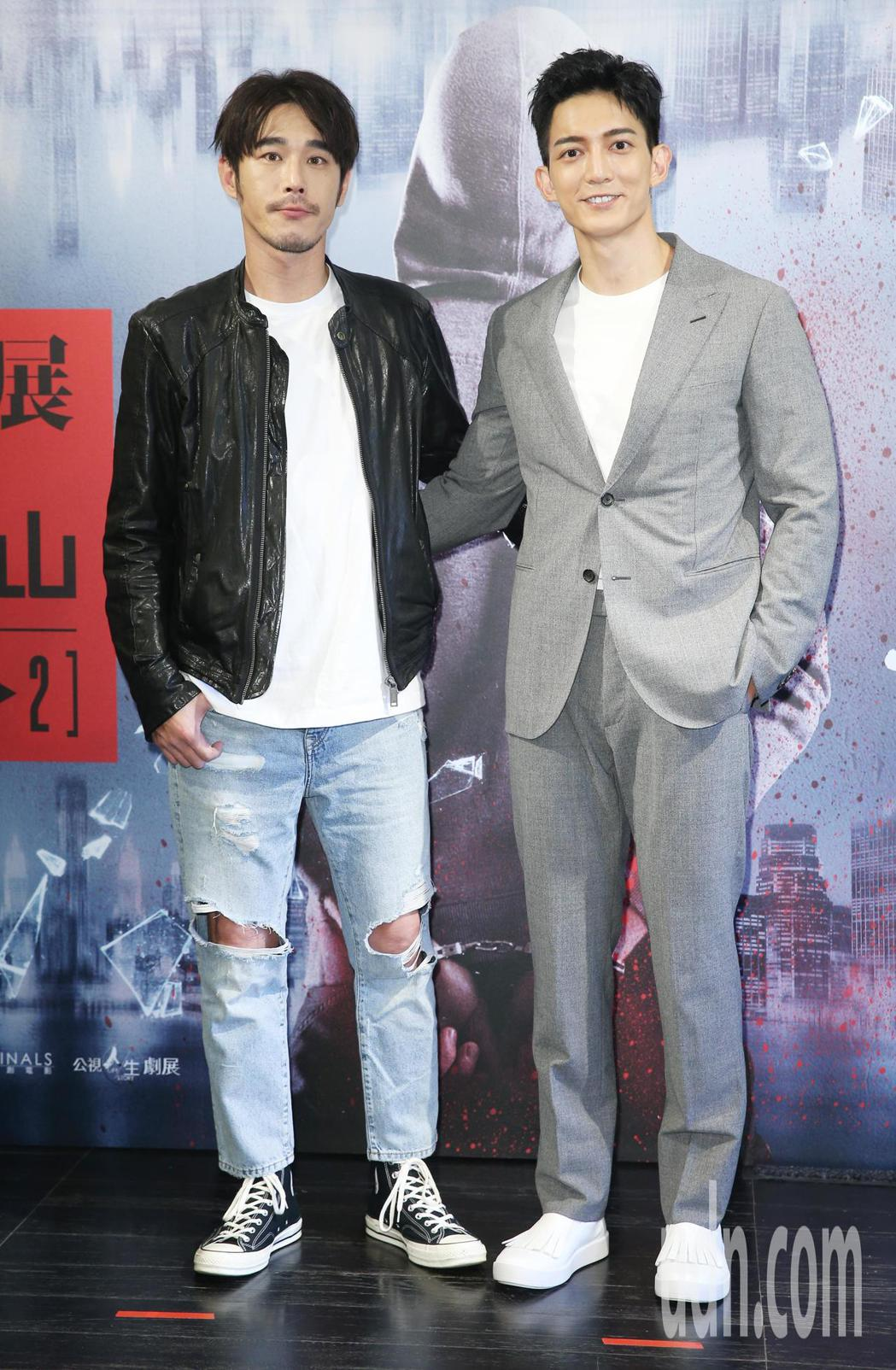 王家梁(右)、黃騰浩(左)將在公視與光點華山共同推出影展中各自擔當演出。記者陳正...