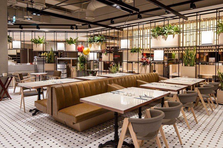 BELLAVITA寶麗廣塲B2美食街的用餐環境變得更寬敞明亮。圖/BELLAVI...