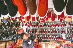 大陸女鞋消費火 今年規模將突破人民幣2,600億元