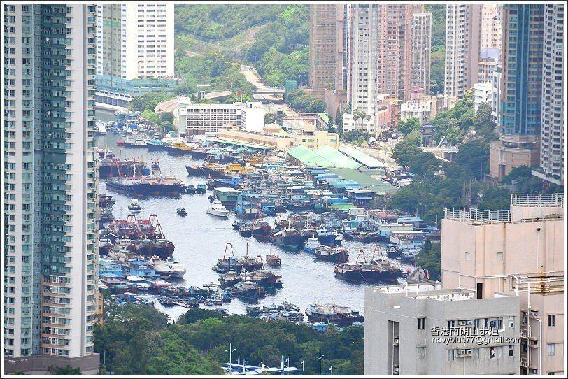 繁華的香港仔。