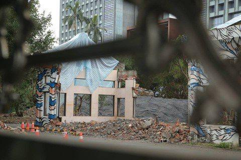 柯文哲台北市長任內多少文資慘遭毒手?