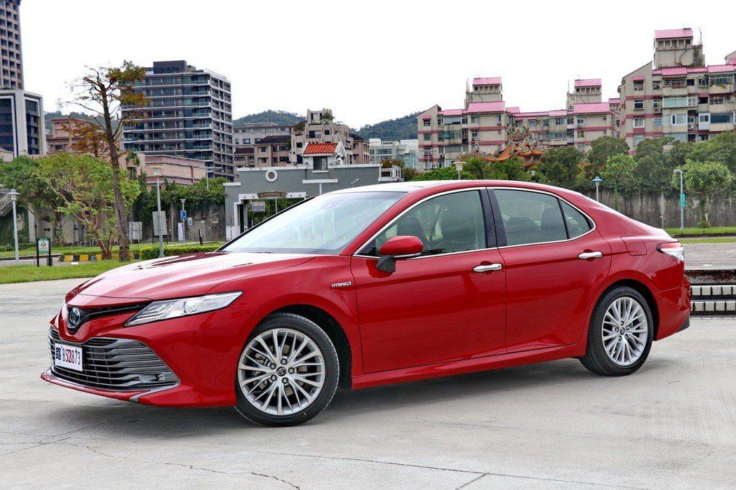 全新第8代大改款車型則改以日本原裝進口方式,導入HYBRID及2.5汽油車型 記者陳威任/攝影