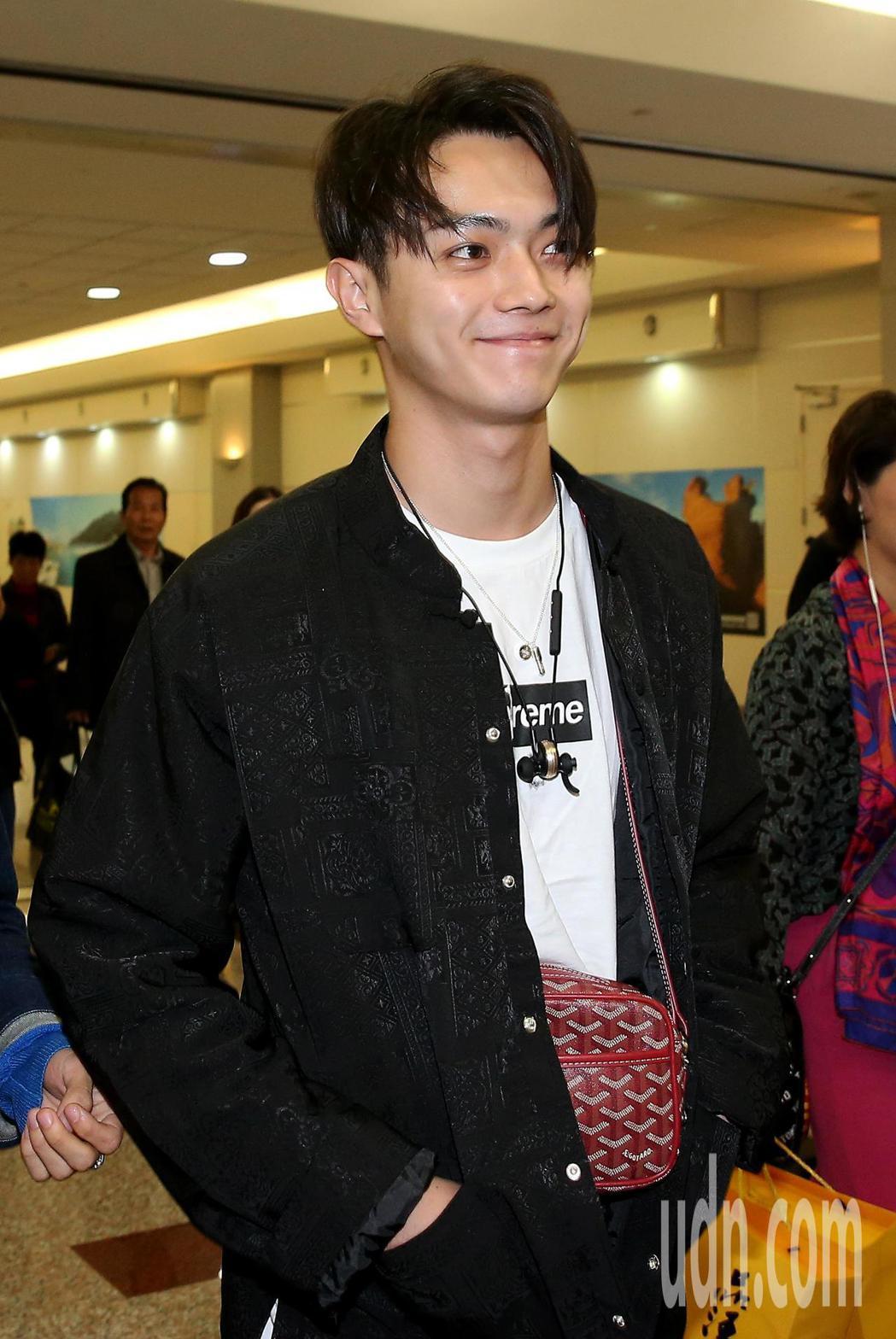 在《延禧攻略》劇中飾演富察傅恆的許凱(如圖),31日中午從杭州搭機來台,下機後就...