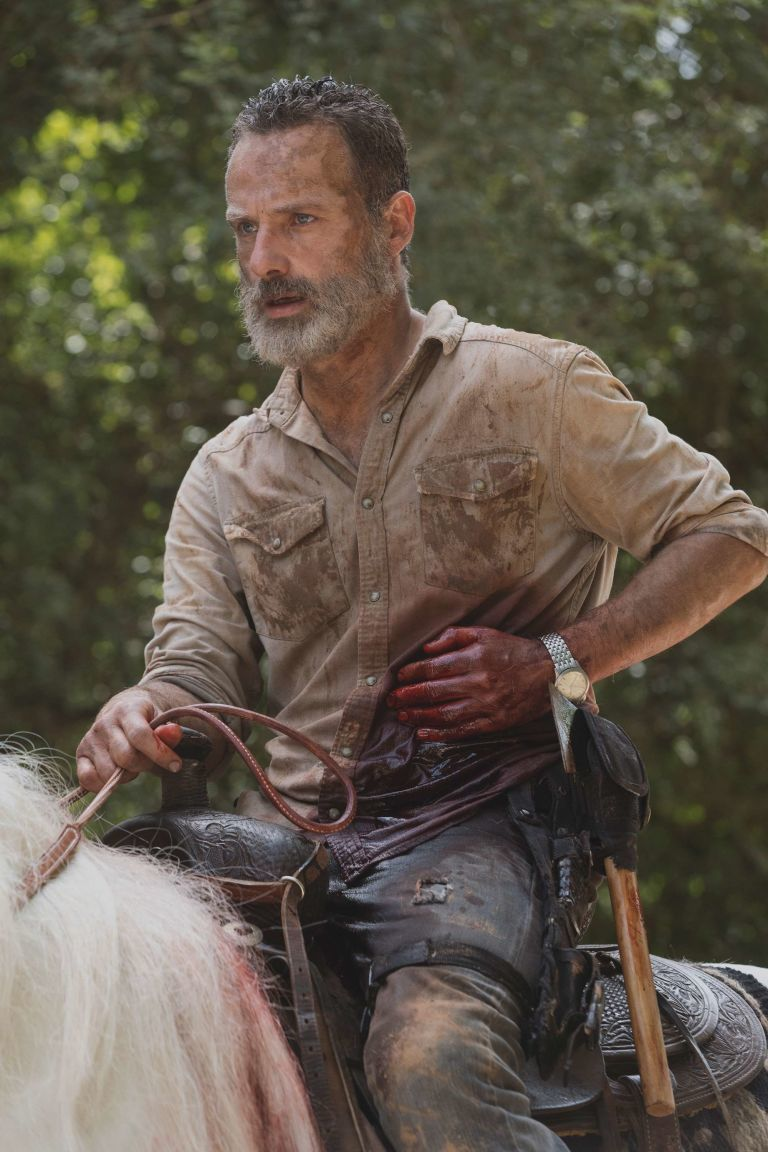 瑞奇騎馬逃離活屍,但最後命運又將如何?圖/摘自AMC