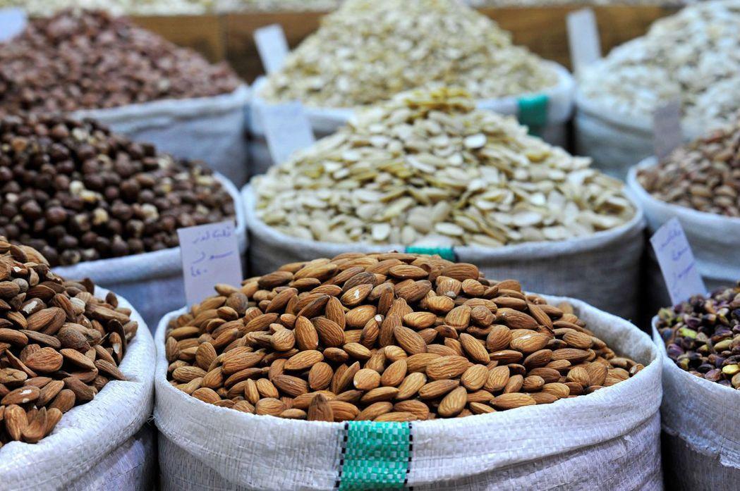 堅果被視為適量食用有益健康的好零食。 路透