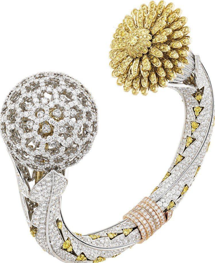 展出現場價值最高的珠寶表,為全球獨一無二作品。Le Jardin Dandeli...