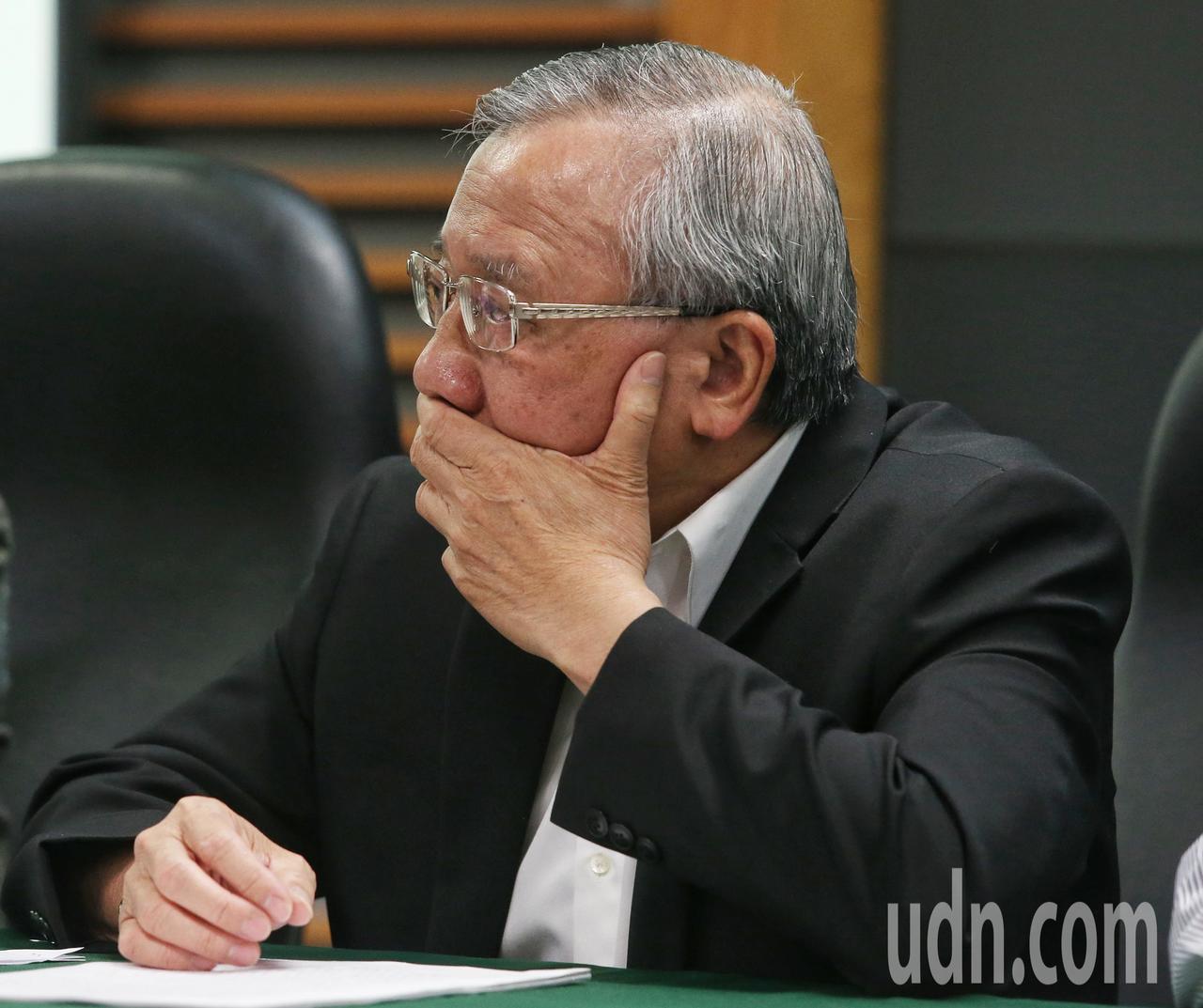 中油董事長戴謙神色嚴肅。記者鄭清元/攝影