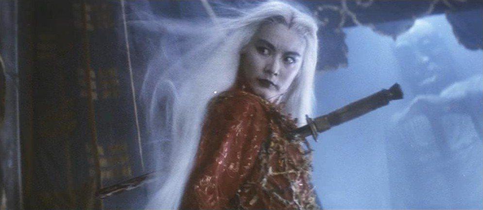林青霞在梁羽生小說改編的「白髮魔女傳」造型、演出都讓人印象深刻。圖/報系資料照片