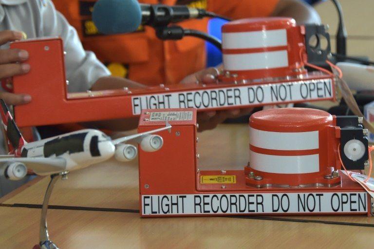 圖為俗稱黑盒子的飛行紀錄器。 (法新社)
