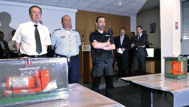 法航447班機發生空難近2年後才尋獲黑盒子。 (法新社)