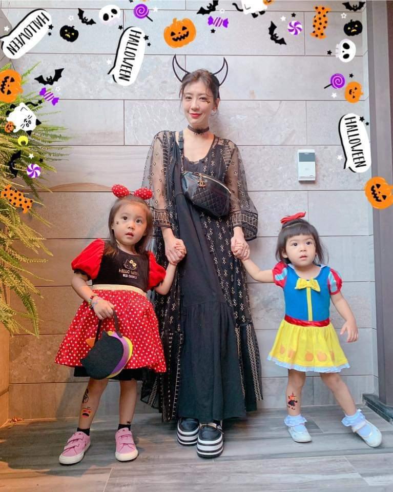 賈靜雯分享與女兒們的萬聖節裝扮。圖/摘自臉書