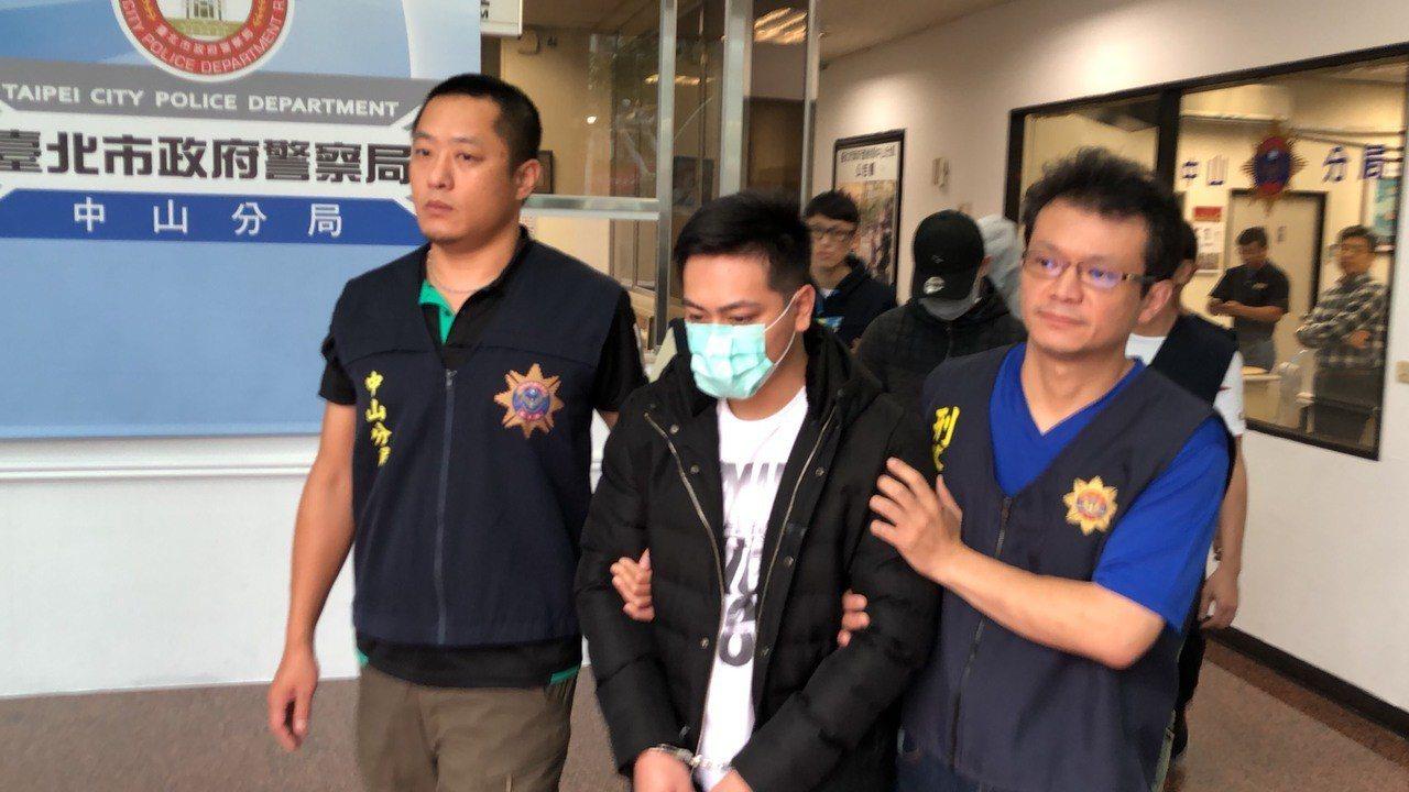 警方拘提石姓男子等三人。記者李承穎/翻攝