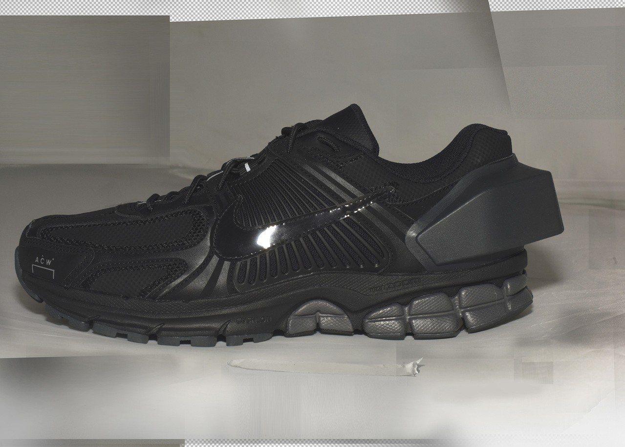 Nike與A–COLD–WALL*聯名系列Zoom Vomero +5鞋,被市場...