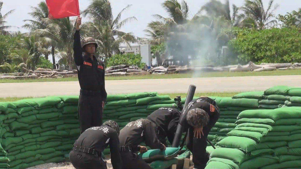 海巡署打算選舉前在太平島周遭海域進行實彈射擊演訓,引發外界政治聯想。報系資料照