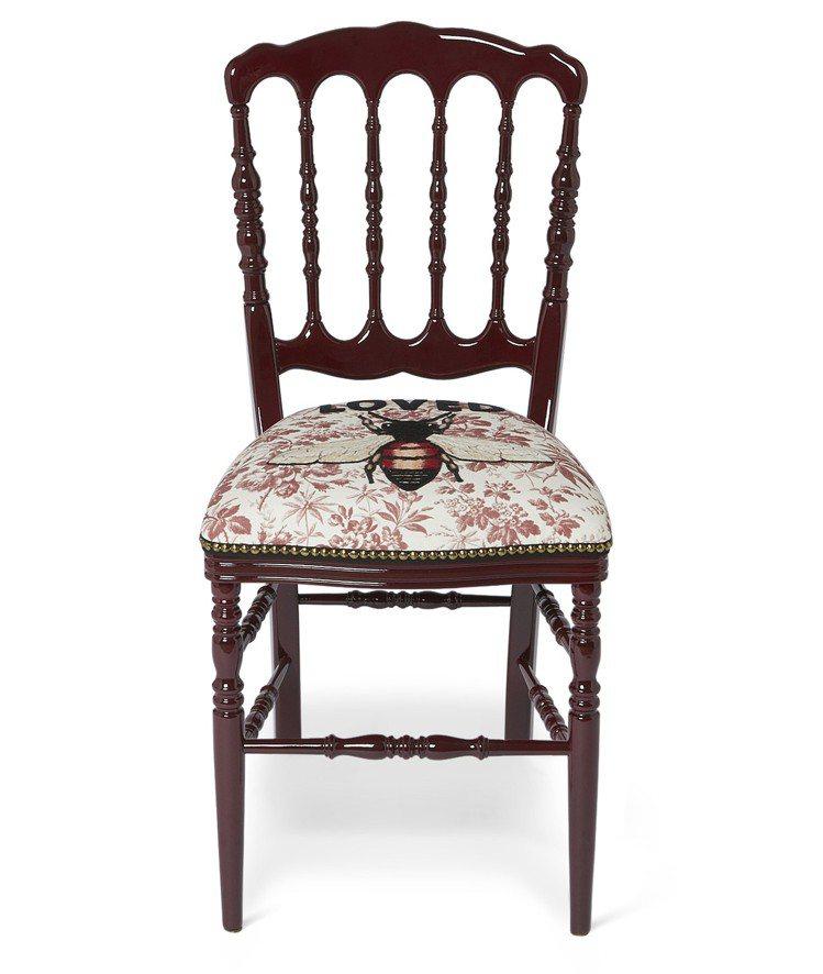 蜜蜂刺繡古典椅,11萬700元。圖/Gucci提供