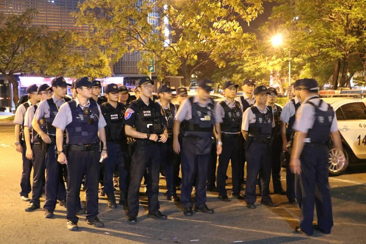 最近台南第4分局針對轄區重點場所展開數波的威力掃蕩,令民眾有感。記者邵心杰/翻攝