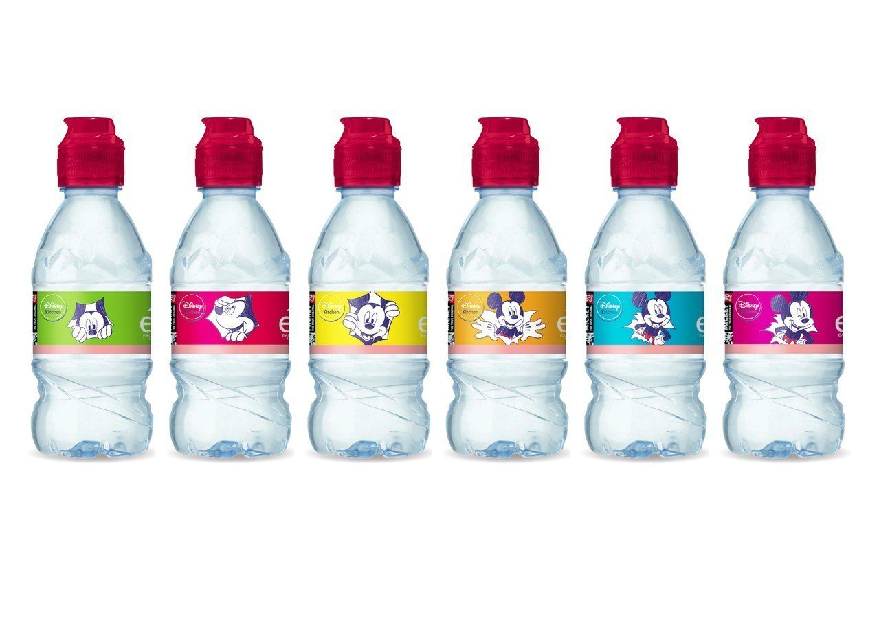evian Mickey Mouse 90周年兒童運動瓶系列,單瓶售價49元。圖...