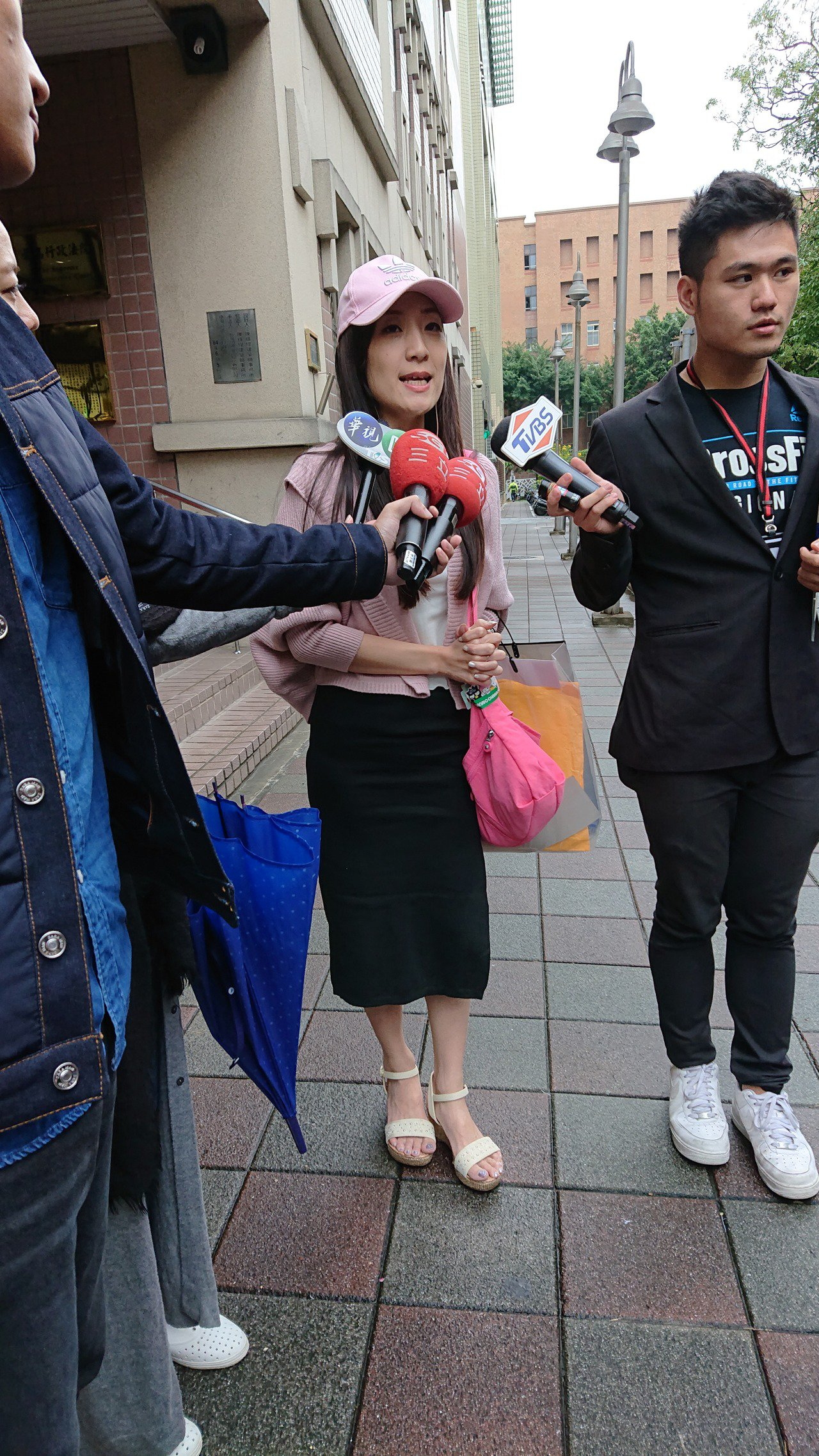 林姓女子上法院控訴虎航。記者林孟潔/翻攝