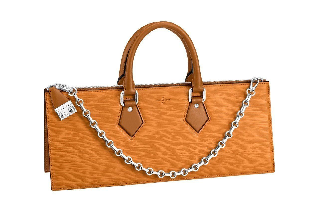 Triangle手袋,93,500元。圖/LV提供